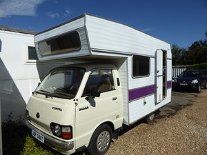 Toyota Hi-ace motor home.... project