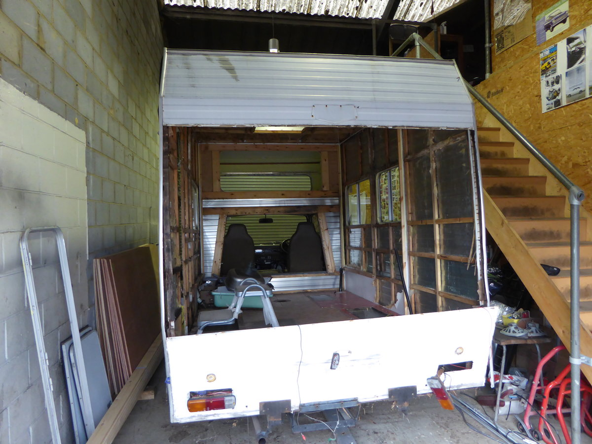 1978 Toyota Hi-ace motor home.... project For Sale (picture 2 of 4)