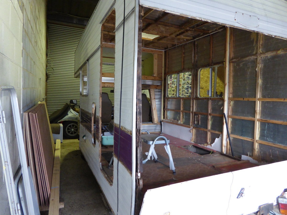 1978 Toyota Hi-ace motor home.... project For Sale (picture 3 of 4)