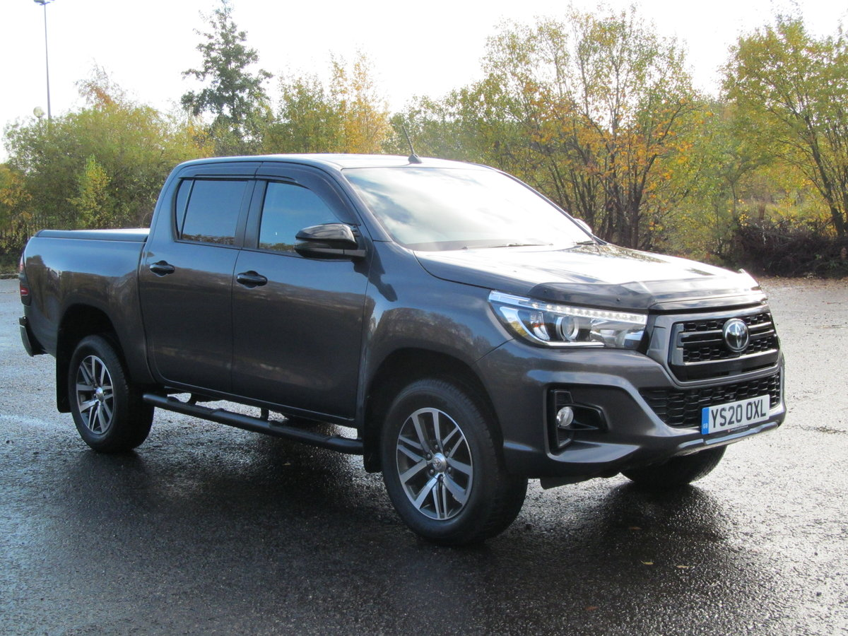 2020 Toyota Hilux 2.4L Diesel Invincible X For Sale (picture 1 of 6)