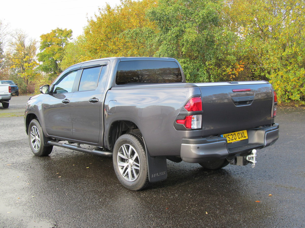 2020 Toyota Hilux 2.4L Diesel Invincible X For Sale (picture 2 of 6)