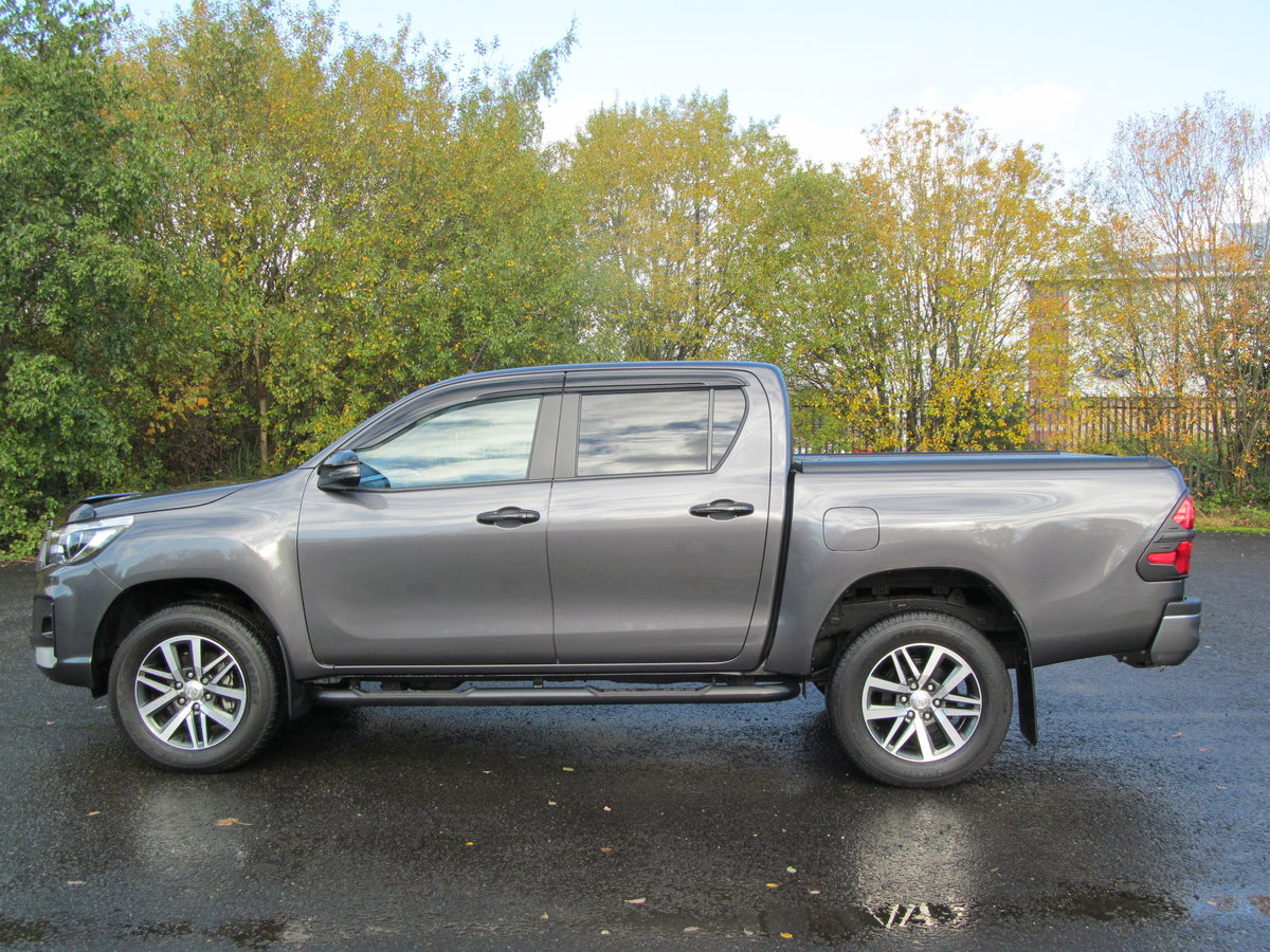 2020 Toyota Hilux 2.4L Diesel Invincible X For Sale (picture 3 of 6)