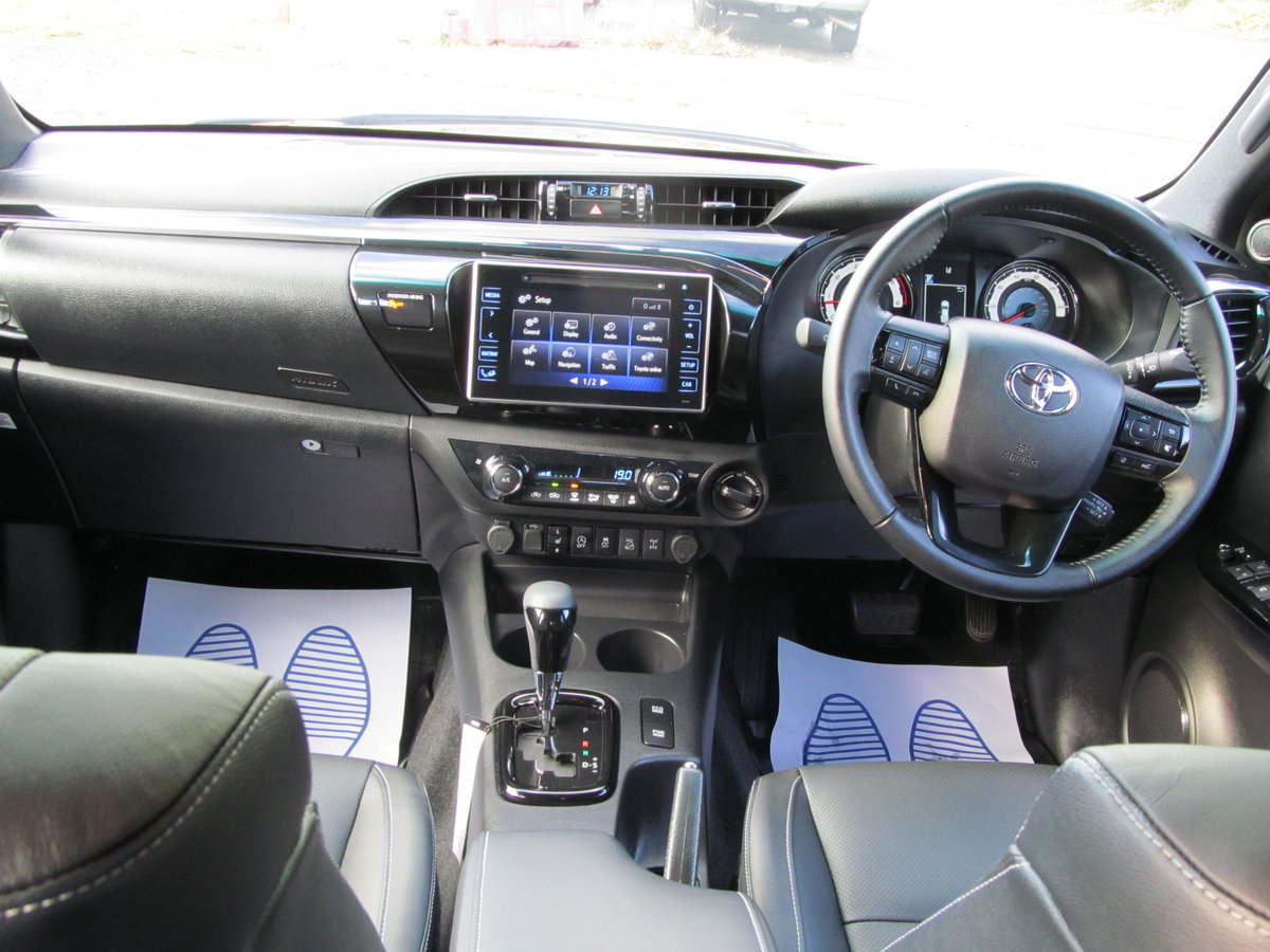 2020 Toyota Hilux 2.4L Diesel Invincible X For Sale (picture 6 of 6)