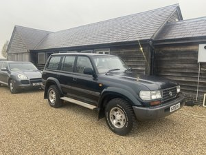 Picture of 1996 Toyota Landcruiser VX 1 previous 2 keys original Toyota mats For Sale