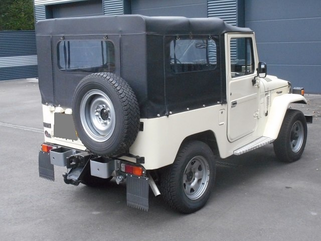 1978 TOYOTA LAND CRUISER FJ40 softtop petrol For Sale (picture 2 of 6)