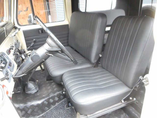 1978 TOYOTA LAND CRUISER FJ40 softtop petrol For Sale (picture 4 of 6)