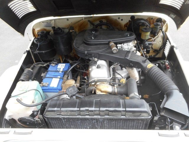 1978 TOYOTA LAND CRUISER FJ40 softtop petrol For Sale (picture 5 of 6)