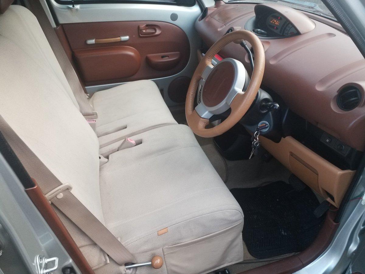 2000 Toyota Will VI Auto For Sale (picture 2 of 6)