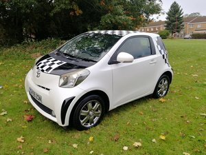 Toyota iq 2 vvt-i, long mot, top spec & free to tax