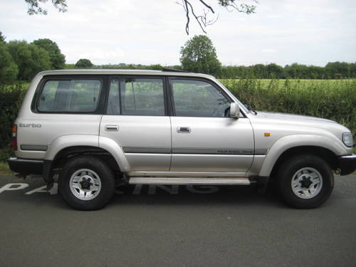 1992 Toyota Landcruiser Amazon 4.2 Turbo Diesel LWB 5 sp manual. For Sale (picture 4 of 6)