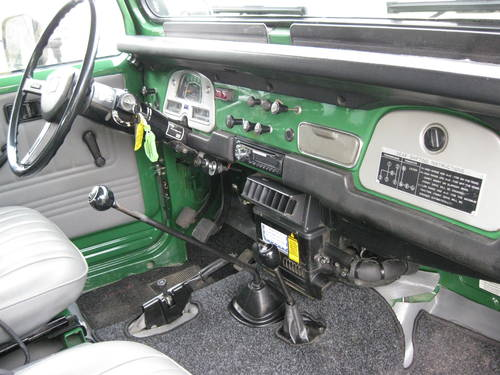 1981 Toytota Landcruiser BJ42 € 29.900 For Sale (picture 3 of 6)