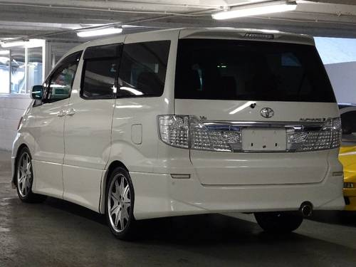 2002 Toyota Alphard G 3.0 V6 8 Seats Auto/Tip FULL BODY KIT 5dr  For Sale (picture 3 of 6)