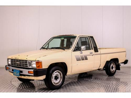 1985 Toyota Hilux Pickup 22R For Sale (picture 1 of 6)