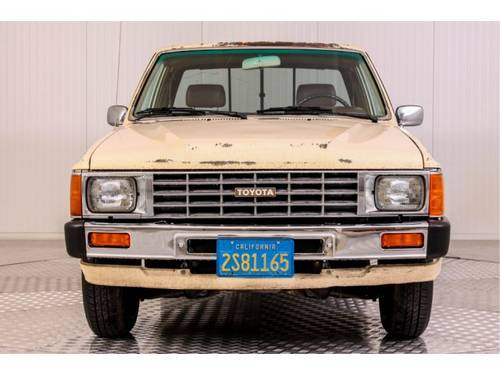 1985 Toyota Hilux Pickup 22R For Sale (picture 3 of 6)
