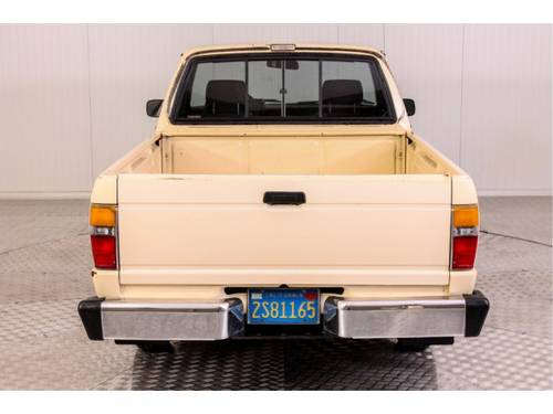 1985 Toyota Hilux Pickup 22R For Sale (picture 4 of 6)
