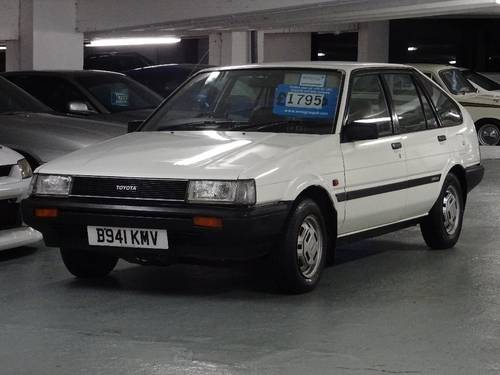 1984 Toyota Corolla 1.3 GL 5dr AUTO 2 OWNERS FROM NEW For Sale (picture 4 of 6)