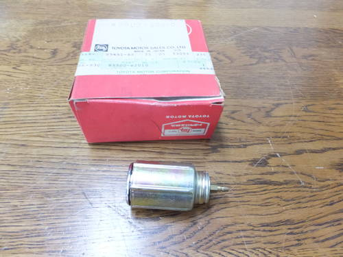 Toyota 2000GT parts Cigarette lighter socket For Sale (picture 1 of 5)