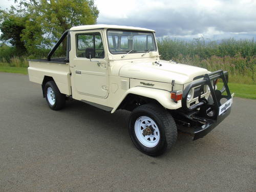 1976 TOYOTA HJ45 LAND CRUISER PICKUP SOLD (picture 3 of 6)
