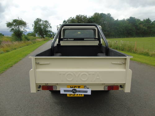 1976 TOYOTA HJ45 LAND CRUISER PICKUP SOLD (picture 4 of 6)