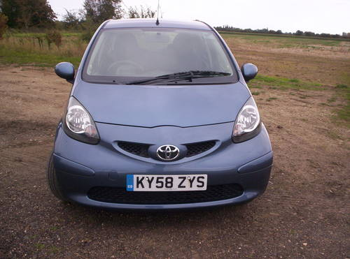 2008 58 REG TOYOTA AYGO 5 DOOR SPECIAL EDITION BLUE SOLD (picture 3 of 6)