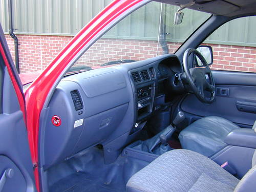 2002 TOYOTA HI LUX Mk4 2.5 D-4D 250 EX DIESEL PICK UP - UK CAR! For Sale (picture 4 of 6)