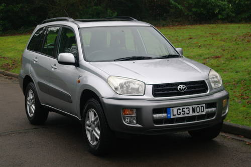 TOYOTA RAV4 VVT-i.. GX.. AUTOMATIC.. LOW MILES.. FSH         SOLD (picture 2 of 6)