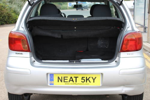 2004 Siver yaris with 1 year MOT SOLD (picture 3 of 6)