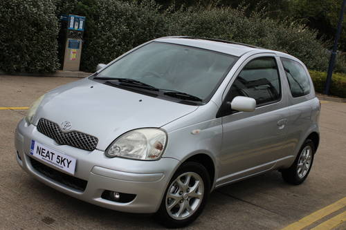 2004 Siver yaris with 1 year MOT SOLD (picture 6 of 6)