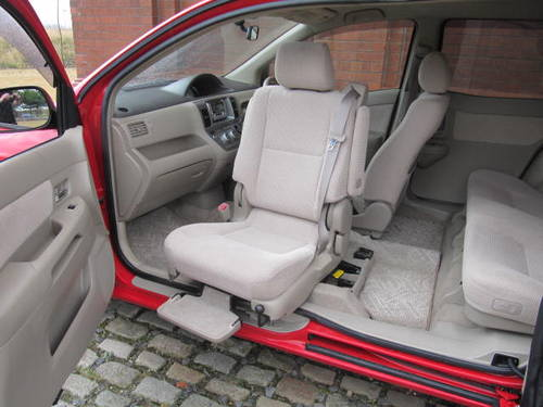 2003 YARIS 1.5 AUTO DISABLED ELECTRIC PASSENGER SEAT & REAR DOOR For Sale (picture 1 of 6)