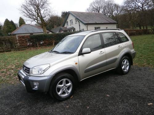 2003 TOYOTA RAV4 2.0 VX 5DR GOLD/SILVER F.S.H P/X BARGAIN!! SOLD (picture 2 of 6)