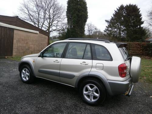 2003 TOYOTA RAV4 2.0 VX 5DR GOLD/SILVER F.S.H P/X BARGAIN!! SOLD (picture 5 of 6)