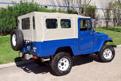 1982 Toyota Land Cruise FJ43 4X4 For Sale (picture 2 of 6)