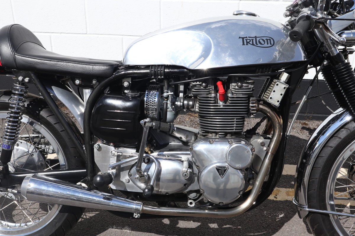 1959 Triton 750cc T150 Triple Engine - High Spec Classic Caf SOLD (picture 3 of 6)