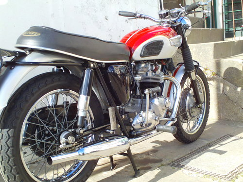 1967 TRIUMPH TROPHY TR6R SOLD (picture 2 of 6)