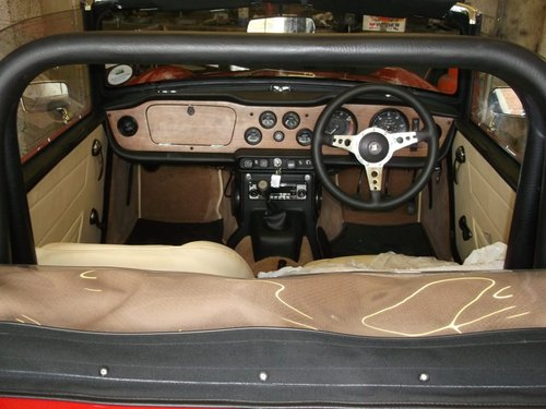 1970/H TRIUMPH TR6 - FAST ROAD SPECIFICATION SOLD (picture 5 of 6)