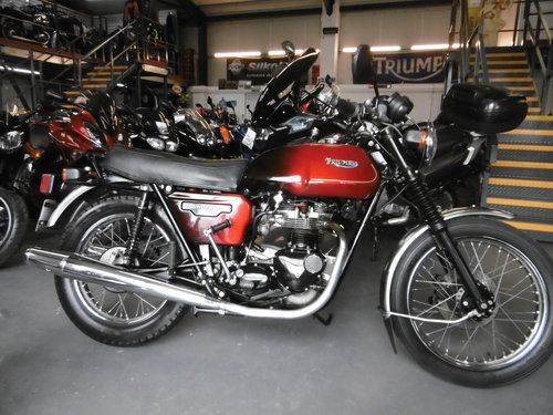 1983 TRIUMPH TR65 THUNDERBIRD Late original bike only 326 miles SOLD (picture 1 of 6)