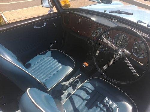 1966 Triumph TR4a SOLD (picture 4 of 6)