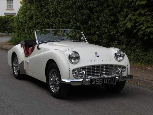1960 Show Winning Triumph TR3A - 350 miles since rebuild For Sale (picture 1 of 6)