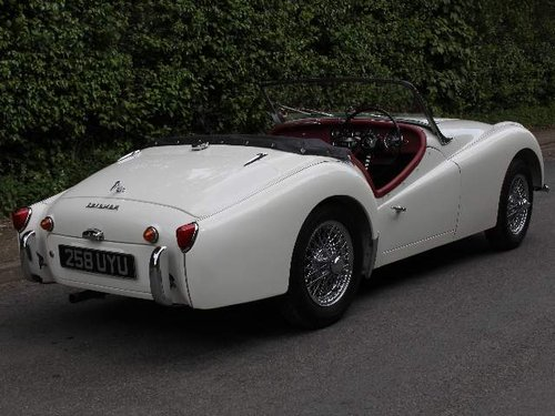 1960 Show Winning Triumph TR3A - 350 miles since rebuild For Sale (picture 3 of 6)