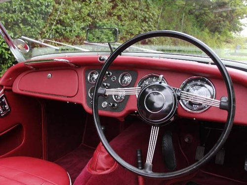 1960 Show Winning Triumph TR3A - 350 miles since rebuild For Sale (picture 4 of 6)