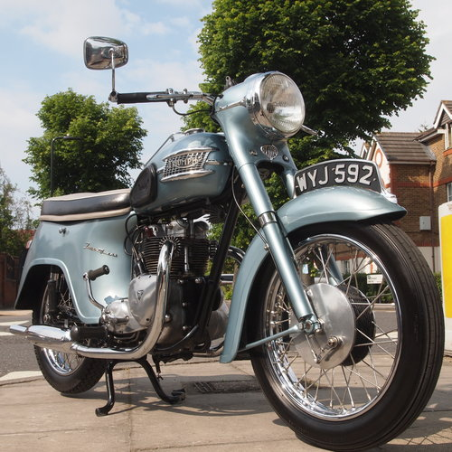 1961 T21 350cc ' Twenty One ' Model 3TA, SOLD. SOLD (picture 1 of 6)