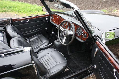 TR6 1972. ORIGINAL UK 150BHP CP SERIES CAR WITH OVERDRIVE SOLD (picture 2 of 6)
