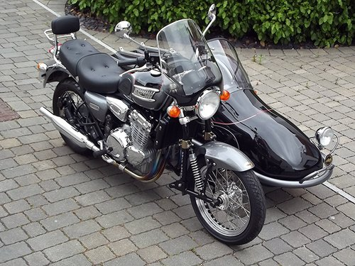 2002 (03) TRIUMPH THUNDERBIRD 900 WITH HEDINGHAM SIDECAR SOLD (picture 2 of 6)