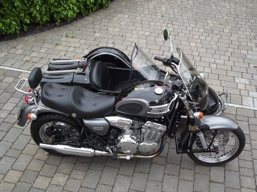2002 (03) TRIUMPH THUNDERBIRD 900 WITH HEDINGHAM SIDECAR SOLD (picture 4 of 6)