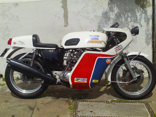1975 TRIUMPH TRIDENT T150V SLIPPERY SAM REPLICA SOLD (picture 1 of 6)