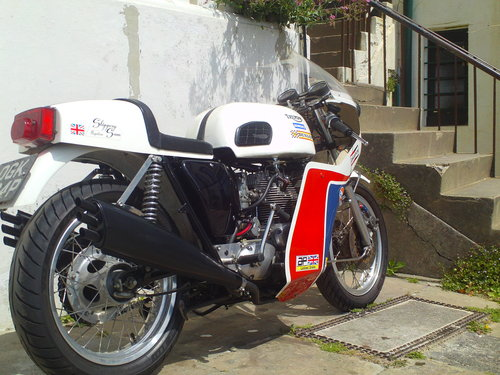 1975 TRIUMPH TRIDENT T150V SLIPPERY SAM REPLICA SOLD (picture 2 of 6)