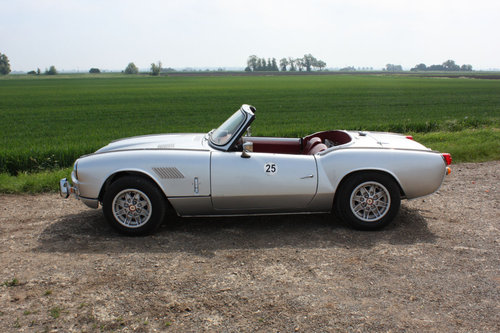 GT6 MKII CONVERTIBLE. 1969 SOLD (picture 5 of 6)