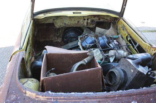 TR6 1973 ORIGINAL UK FUEL INJECTED PROJECT SOLD (picture 3 of 6)