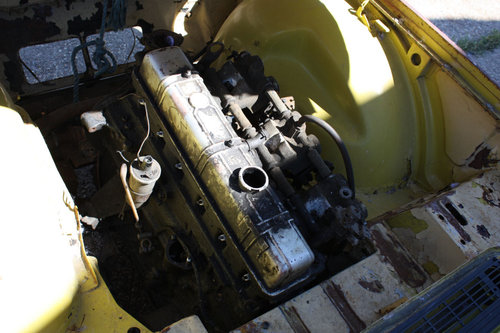 TR6 1973 ORIGINAL UK FUEL INJECTED PROJECT SOLD (picture 4 of 6)