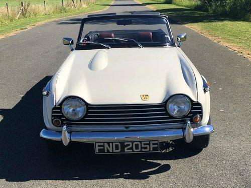 1967 Triumph TR5 2500 PI SOLD (picture 2 of 6)